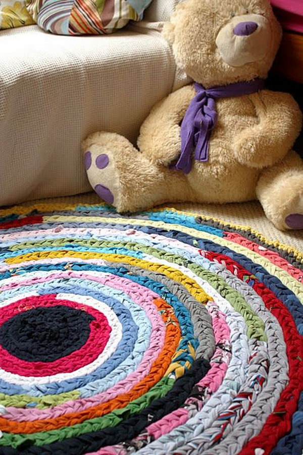 Easy Plaited Rag Rug Made from Old Tees and Vests. The colors will make you smile!
