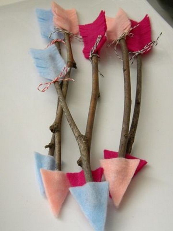 DIY Twig Arrows. Fun crafts to do with kids on valentine's day.