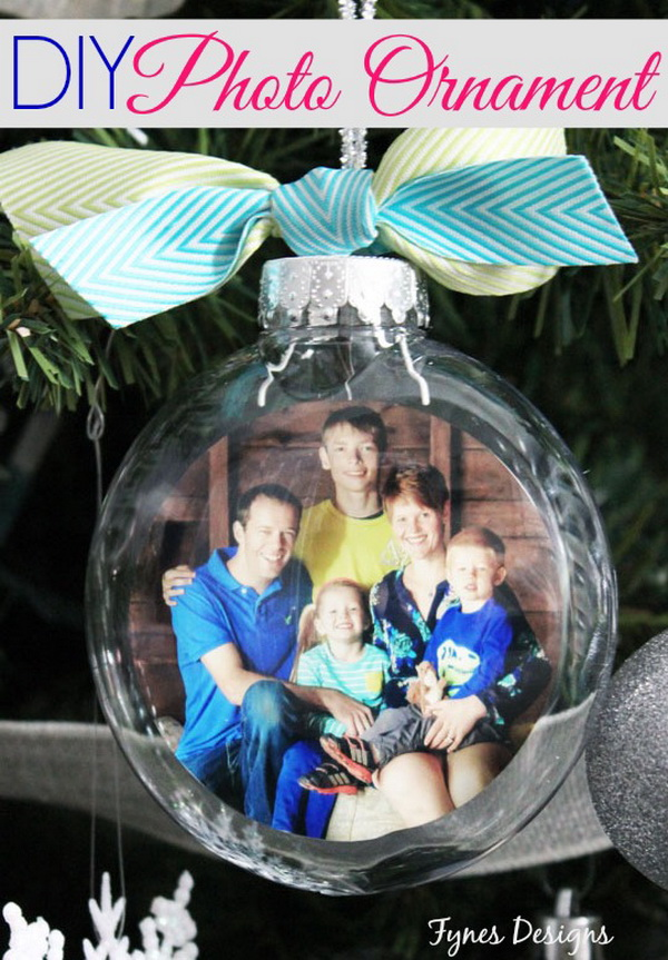 DIY Fun Family Photo Ornaments .