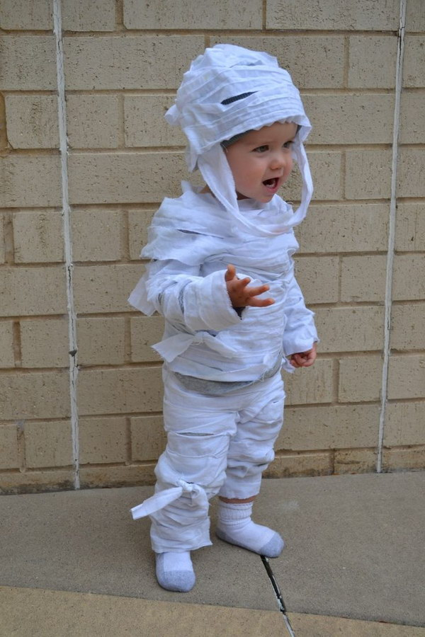 Easy No Sew DIY Mummy Costume for Kids