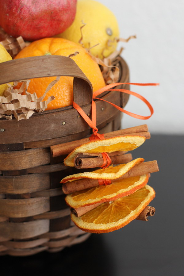 DIY Dried Orange and Cinnamon Ornaments