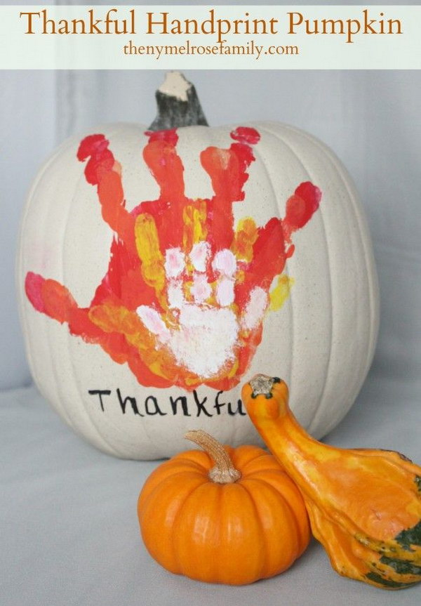 DIY Thankful Handprint Pumpkin