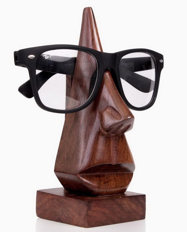 Wood Eyeglass Holder for Christmas Gift. What a cute and funny gift idea for your loved ones, who wears eyeglasses. It prevents him from forgetting where he left his glasses.