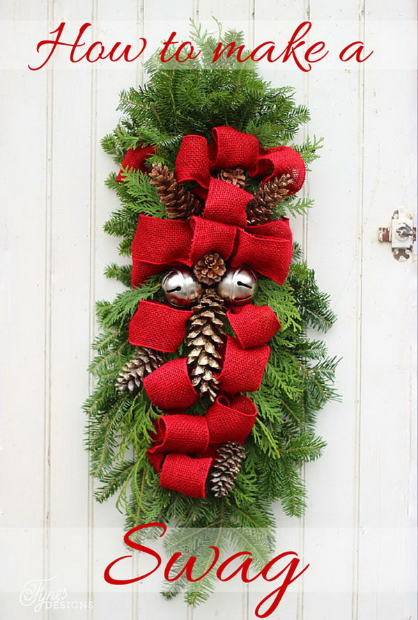 20+ Creative DIY Christmas Door Decoration Ideas - Noted List