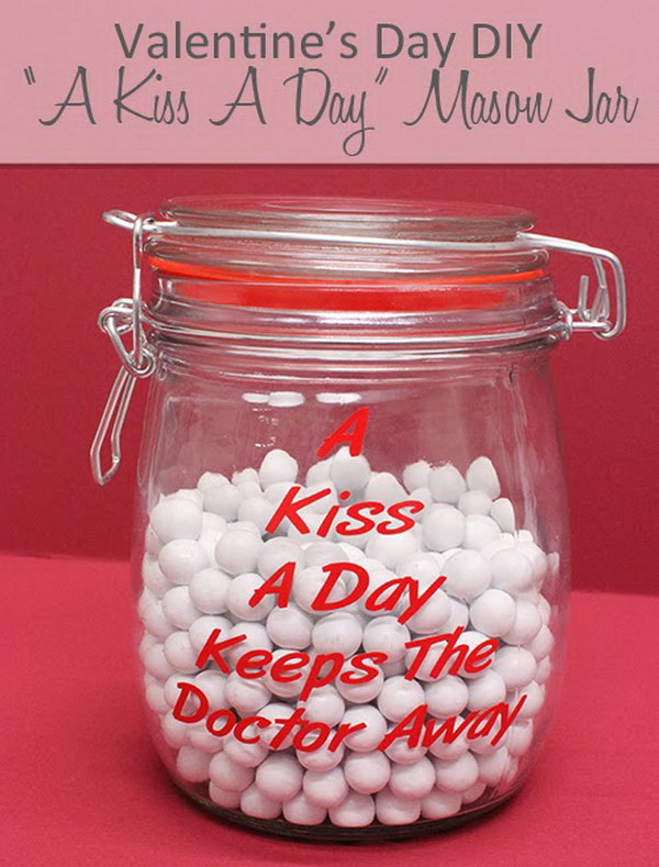 DIY Kiss A Day Mason Jar