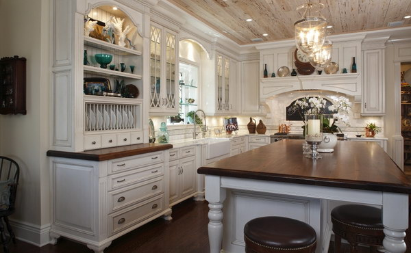 Gorgeous Kitchen Countertop With White Cabinets.