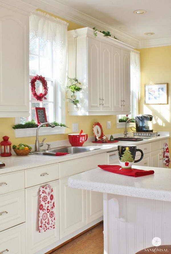 80 cool kitchen cabinet paint color ideas noted list for Blue kitchen cabinets with yellow walls