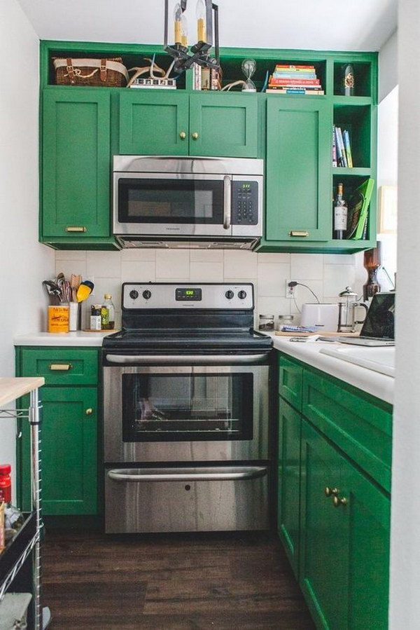 crisp green kitchen cabinets