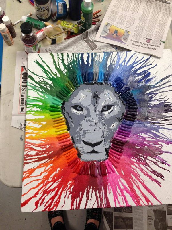 Melted Crayon Art Lion.