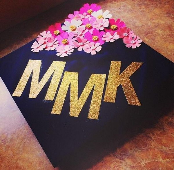Cute Graduation Cap Decorated with Flower