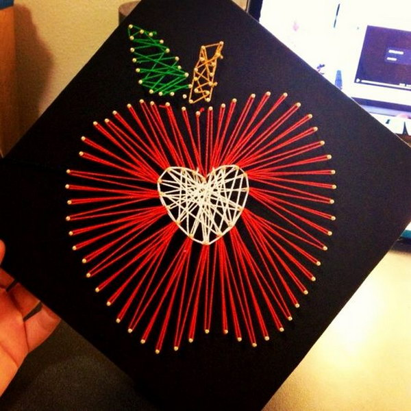 String Art Apple Graduation Cap