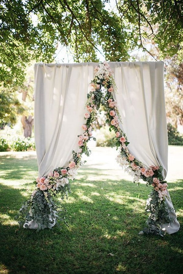 Romantic Curtain Ceremony  Backdrop With Flower Garland