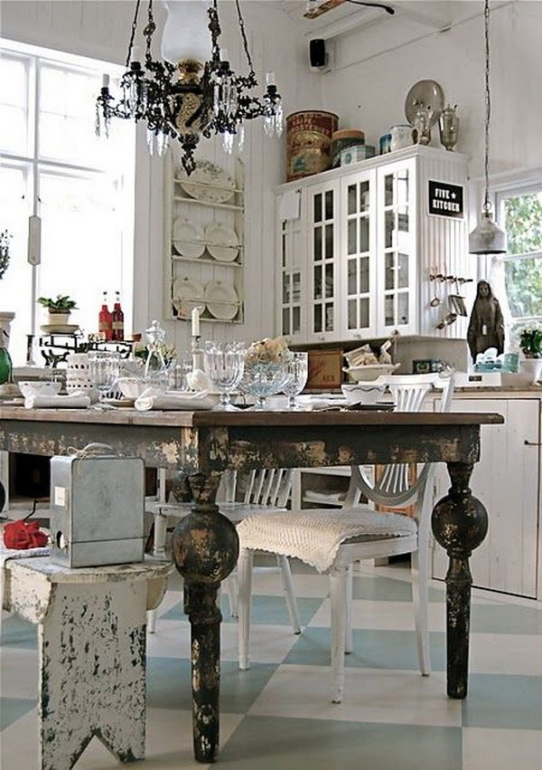 Vintage Chic Dining Room.