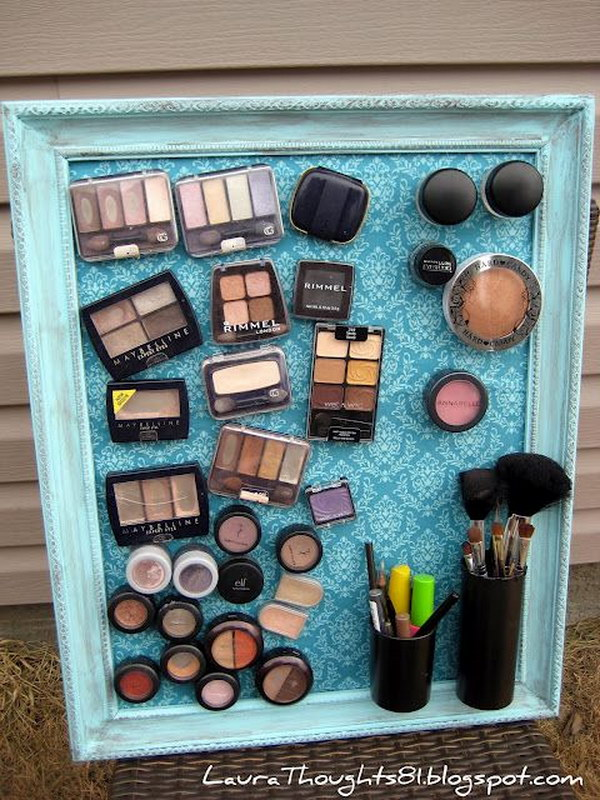 DIY Magnetic Make Up Board