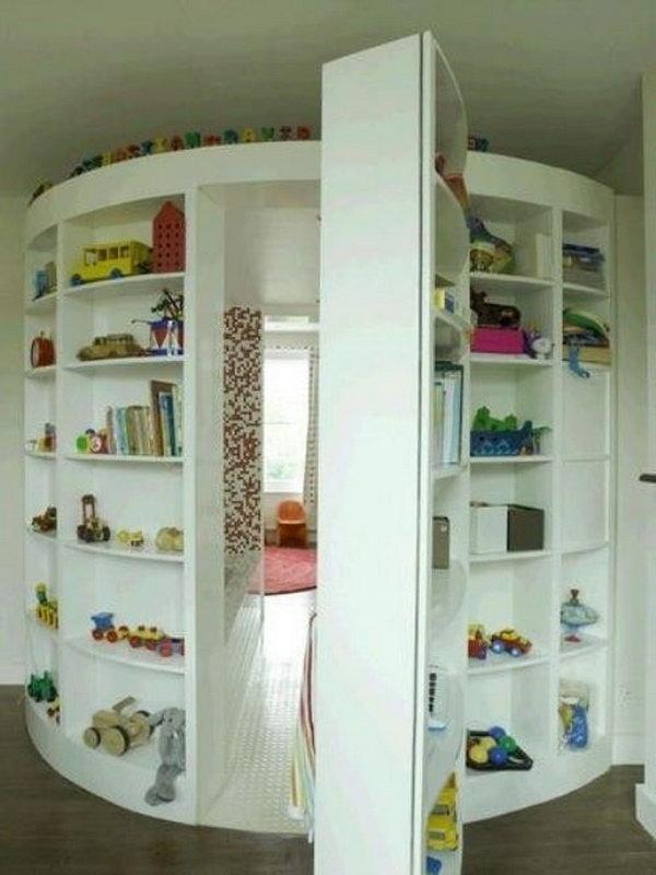 Another Secret Room behind Circle Shelf
