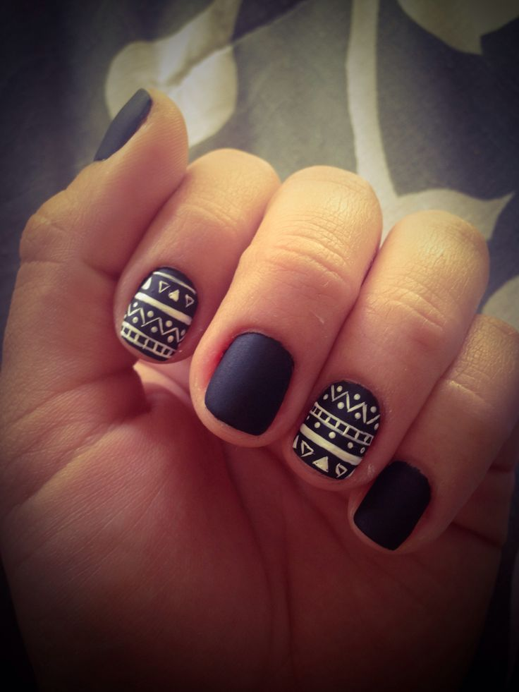 Black and White Matte nails.