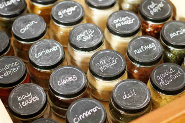Create A Spice Drawer Using Baby Food Jars With Chalkboard Painted Lids