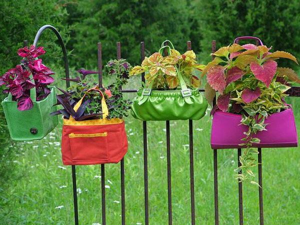 Hanging Purse Garden.