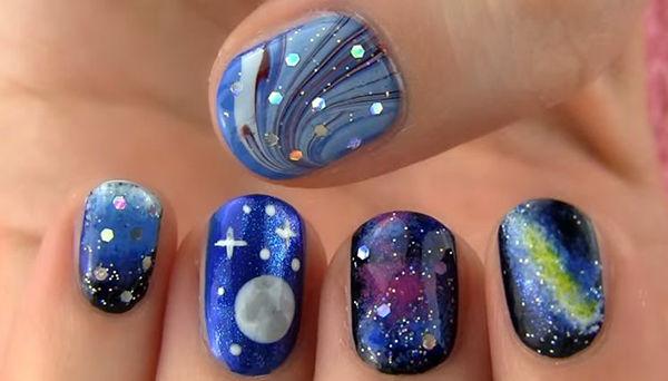 Galaxy and Full Moon Nail Art. Get the tutorial