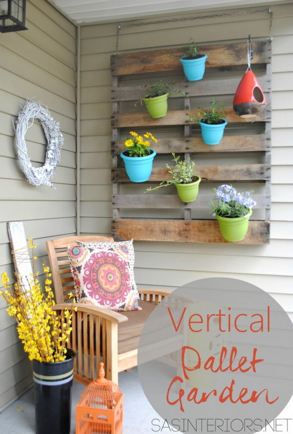 Vertical Pallet Garden. Get the full direction