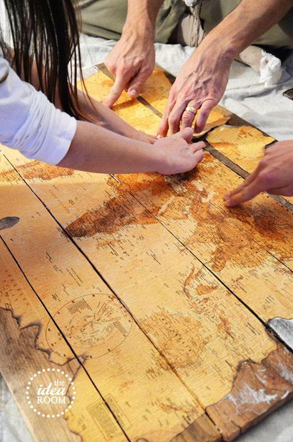 DIY Wood Pallet Map Wall Art