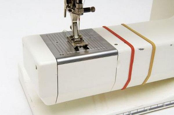 Use rubber bands to keep a uniform seam allowance