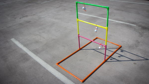 DIY Ladder Ball. See how to make it
