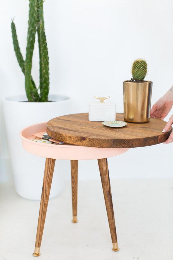 DIY Midcentury Side Table. Se the full tutorial