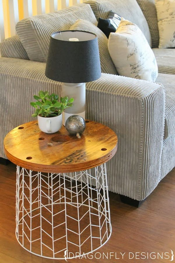 DIY Accent Laundry Basket Table. Get the tutorial
