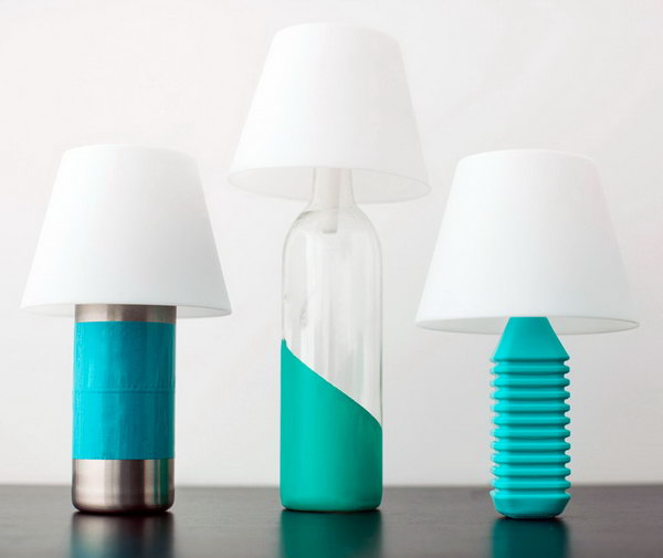 DIY Bottle Lamps. Get the tutorial