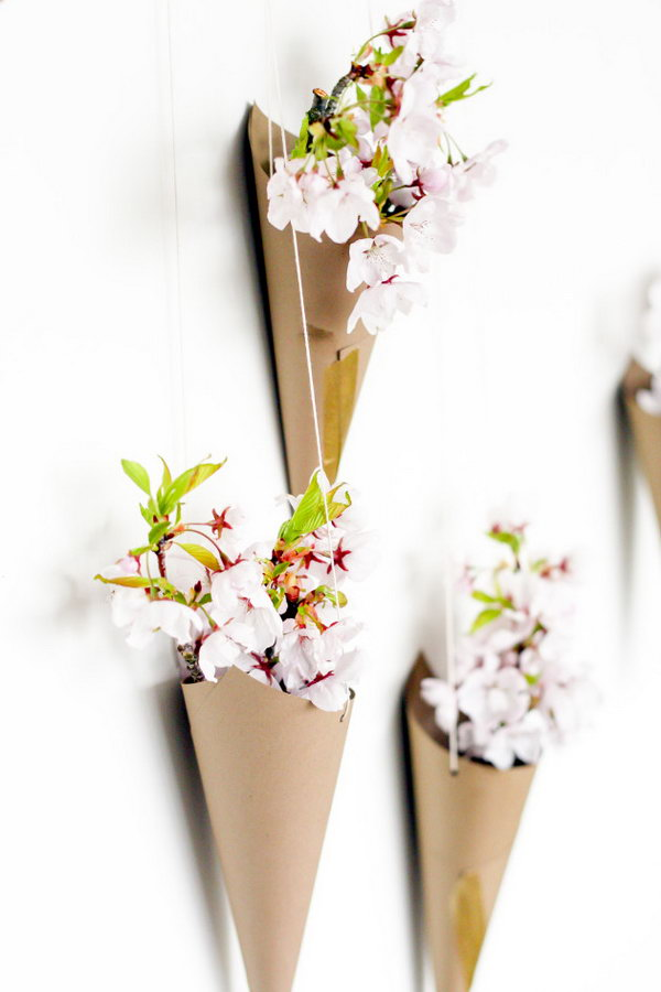 Blossoming Flower Cone Wall Display. See how to make it
