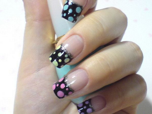 French Tips and Dots Nail. See the tutorial