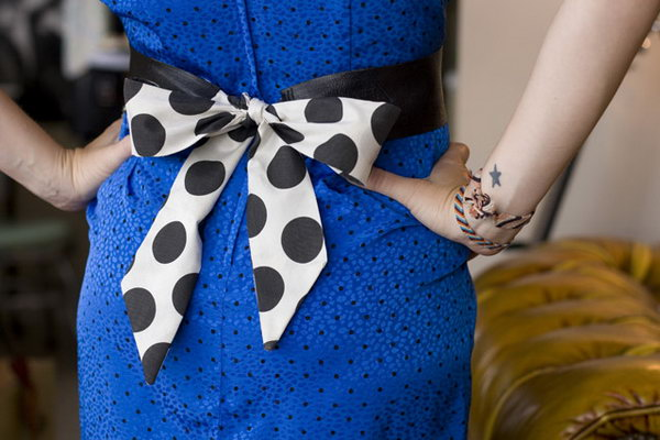 DIY Leather Bow Belt. See how
