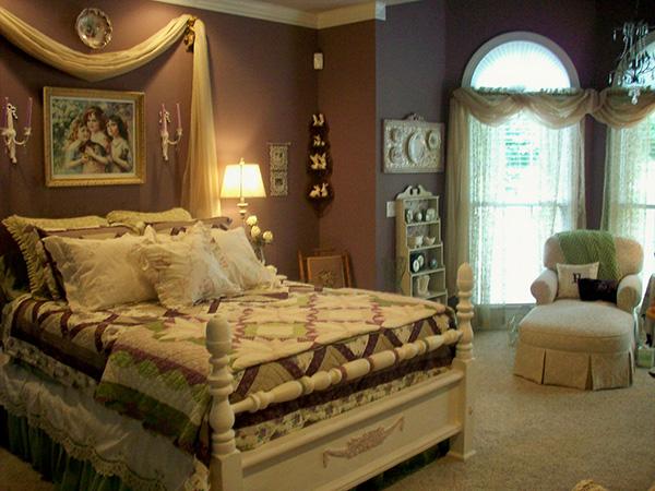 Brown Shabby Art Bedroom.