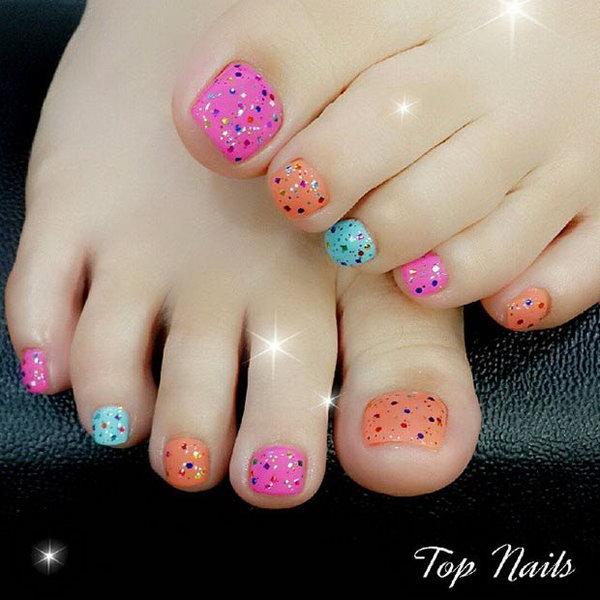 Colorful Glitter Toe Nail Design.