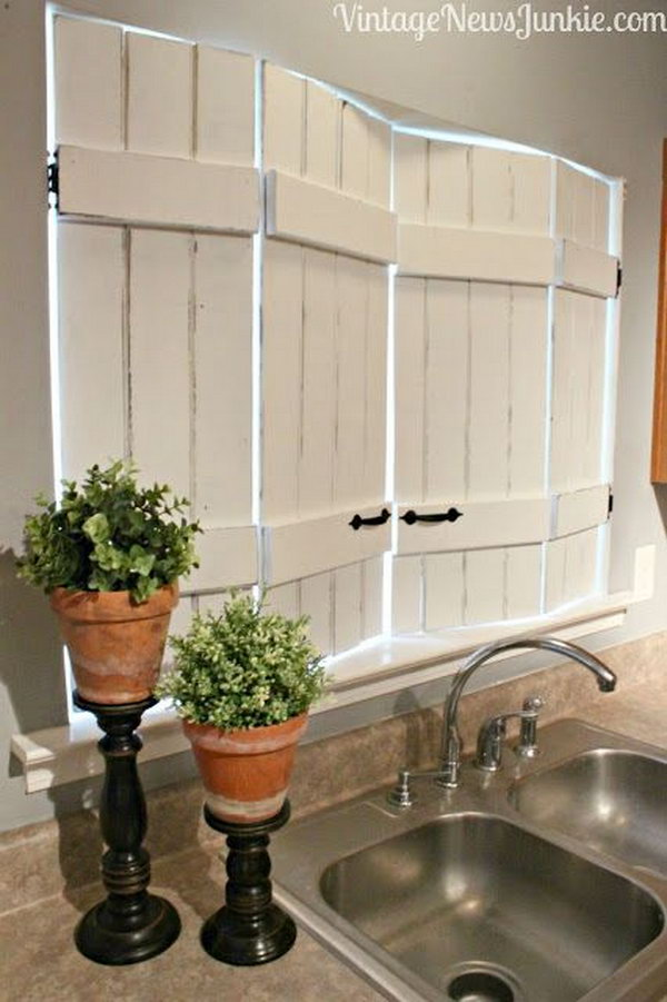 DIY Kitchen Window Shutters for $10. It's easy to do and the result turns out beautiful. Get the instructions