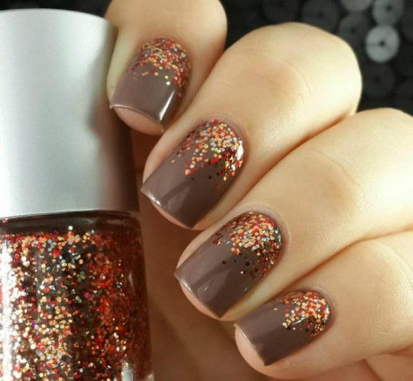 Fall Gradient Glitter Nails.