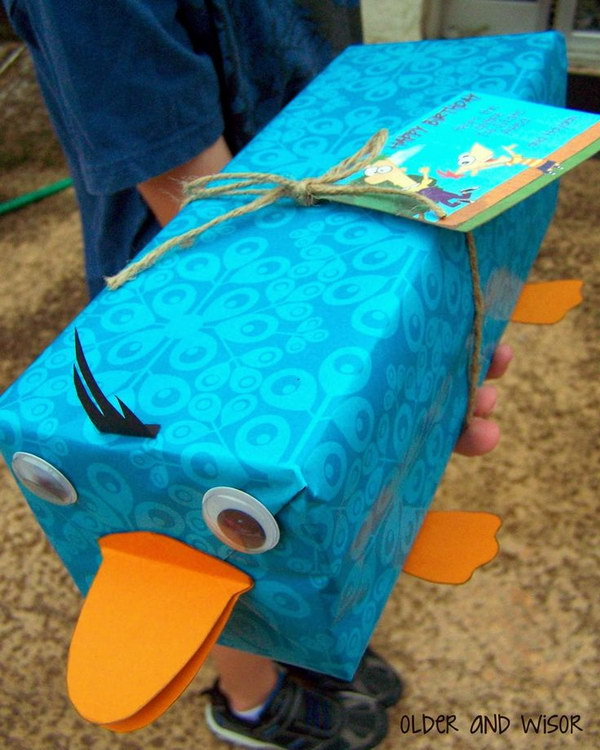 Perry the Platypus Gift Wrapping .