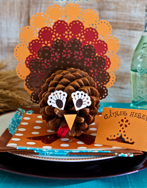 Pine Cone Turkey Centerpieces.