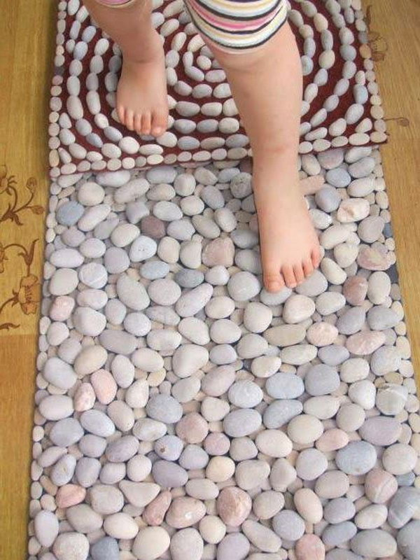 DIY Sensory Pebble Stones Rug. Sensory rugs are so great for kids's learning and very beneficial for their development.