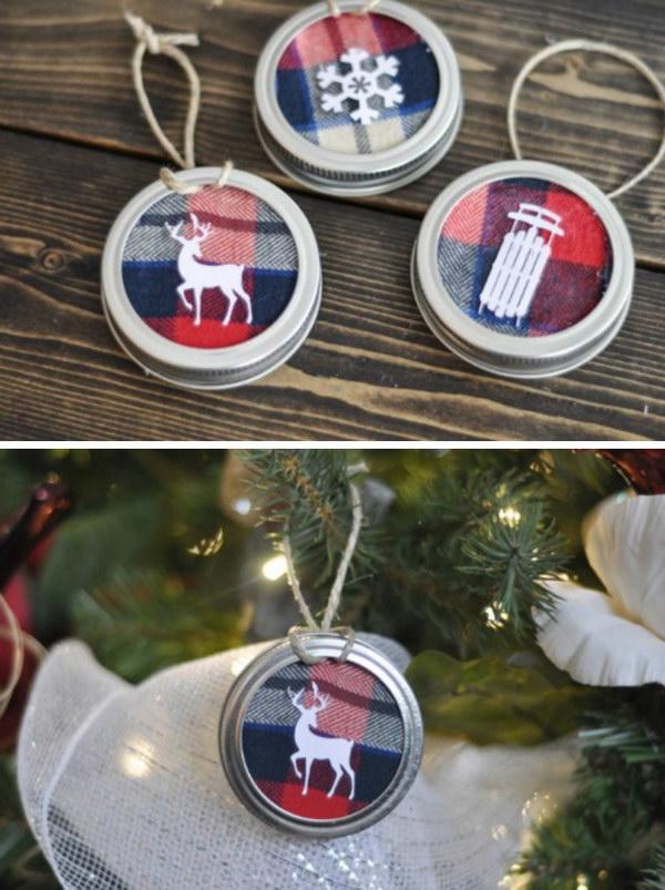 Mason Jar Lid Tree Ornaments.