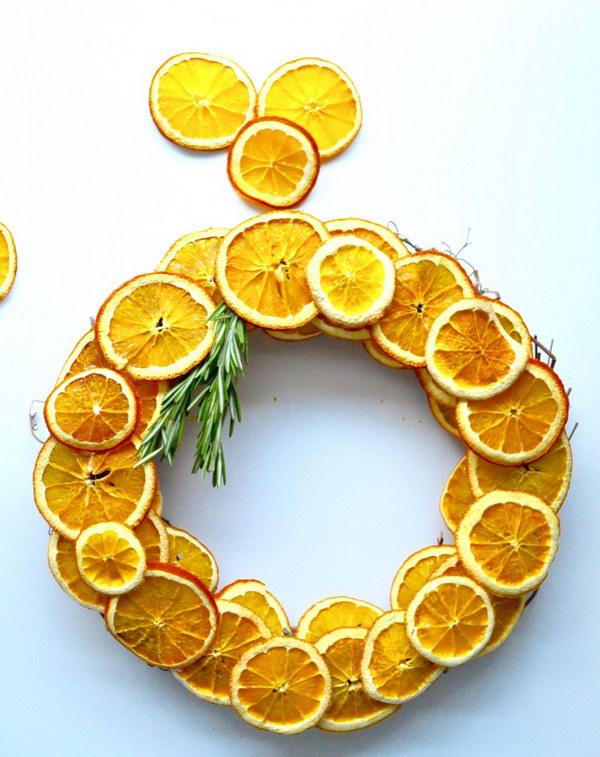 DIY Dried Citrus Wreath