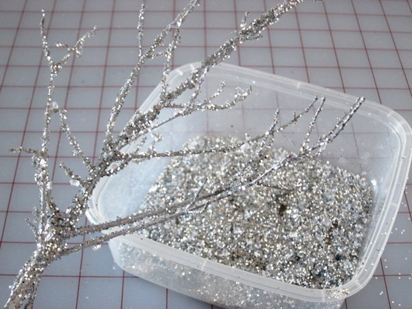 Easy DIY Iced Branches