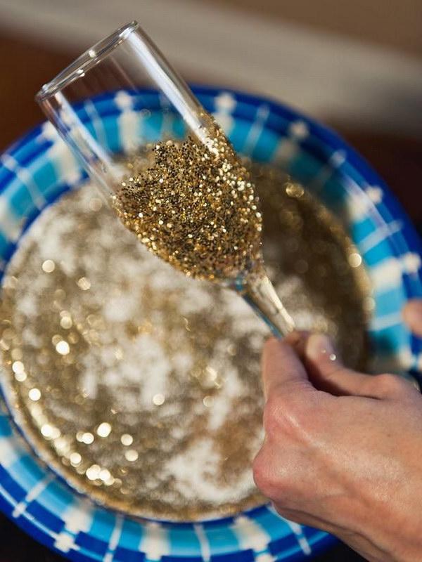 Glitter Champagne Glasses Tutorial