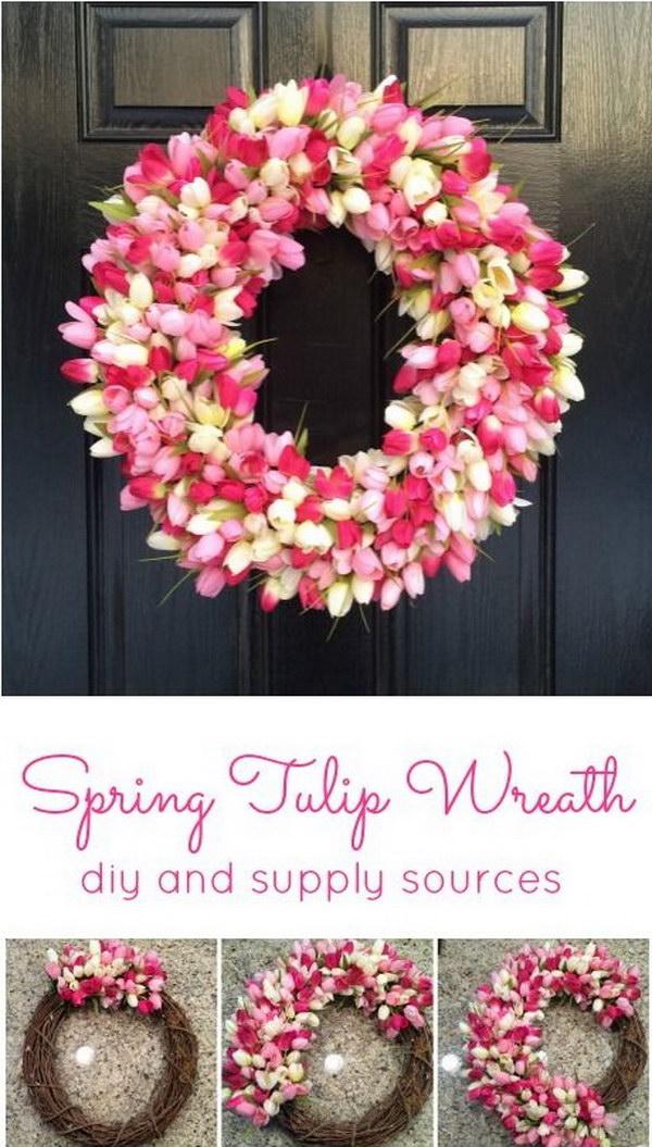 Awesome DIY Spring Tulip Wreath