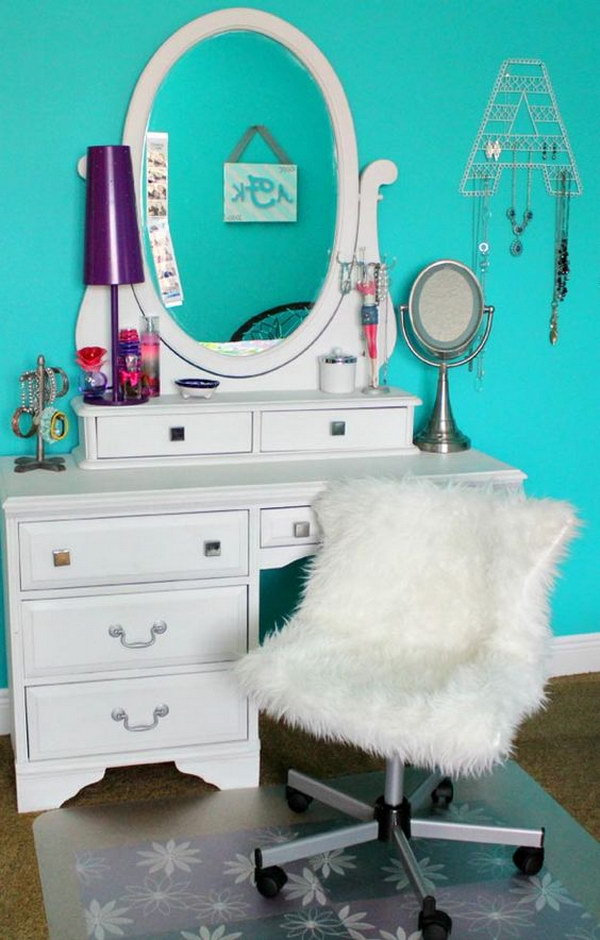 Cool Teenage Girl Bedroom Decorating Ideas - Noted List on Room Decor For Teens  id=27807