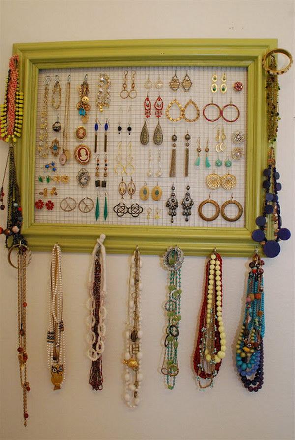Photo Frame With Chicken Wire Lying Around For Jewelry Organizer.