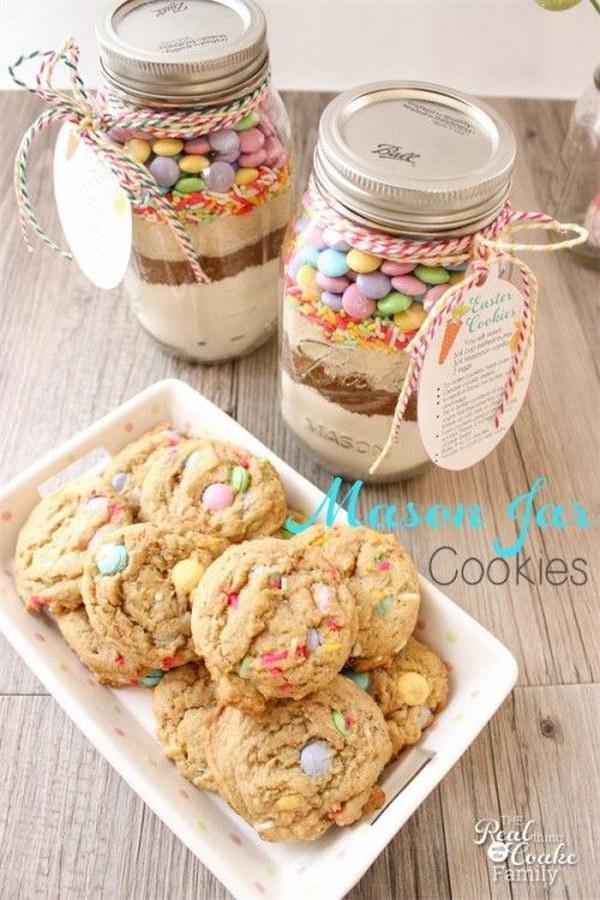 Easter Mason Jar Cookie.