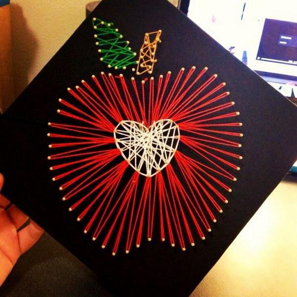 String Art Apple Graduation Cap