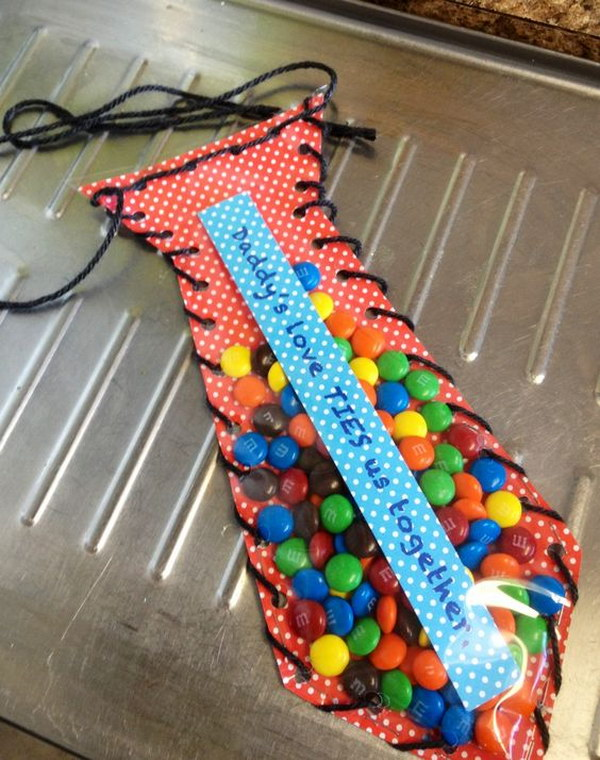 DIY Father's Day Candy Tie